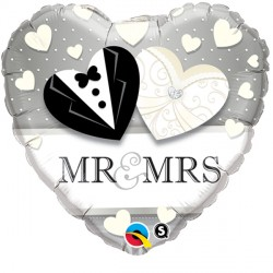 "MR. & MRS. WEDDING 18"" PKT"