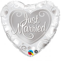 "JUST MARRIED HEARTS SILVER 18"" PKT"